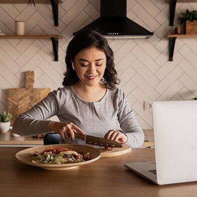 Εργασία από το σπίτι και διατροφή