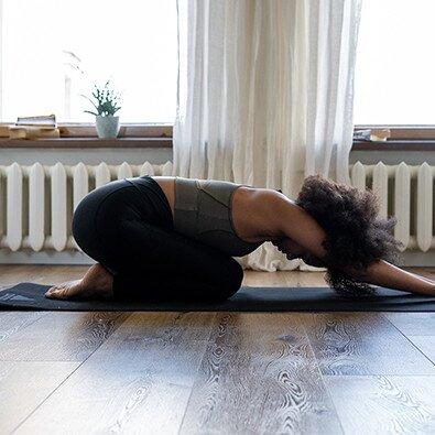 Yoga, εργασία και ύπνος